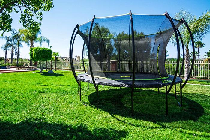 skybound-stratos-15ft-trampoline